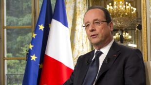 François Hollande respondió a las preguntas de RFI, France 24 y TV 5 Monde.