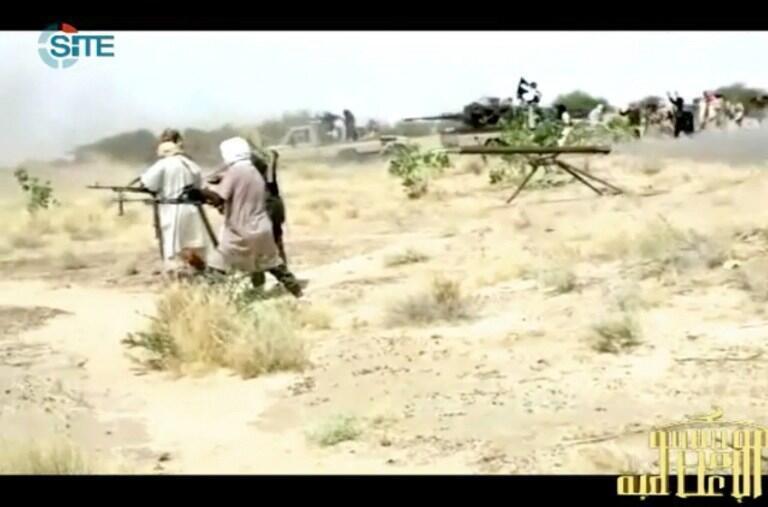 Capture d'écran d'une vidéo postée le 9 janvier 2013 sur des forums jihadistes, montrant des combattants d'Aqmi dans le nord du Mali.