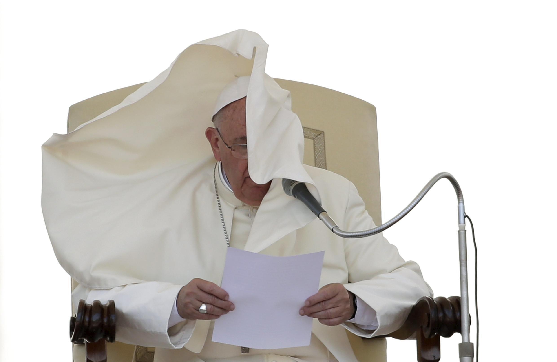 Documento sobre o clima escrito pelo Papa Francisco mostra sua preocupação do Meio Ambiente.