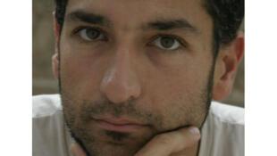 Pedro Kadivar.