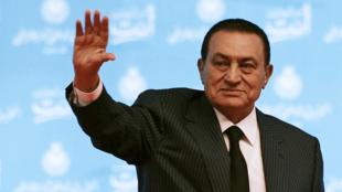 Continuam os rumores sobre a saúde do ex-ditador egípcio Hosni Moubarak