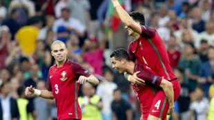 Festejos da Selecção Portuguesa após o apuramento para as meias-finais.