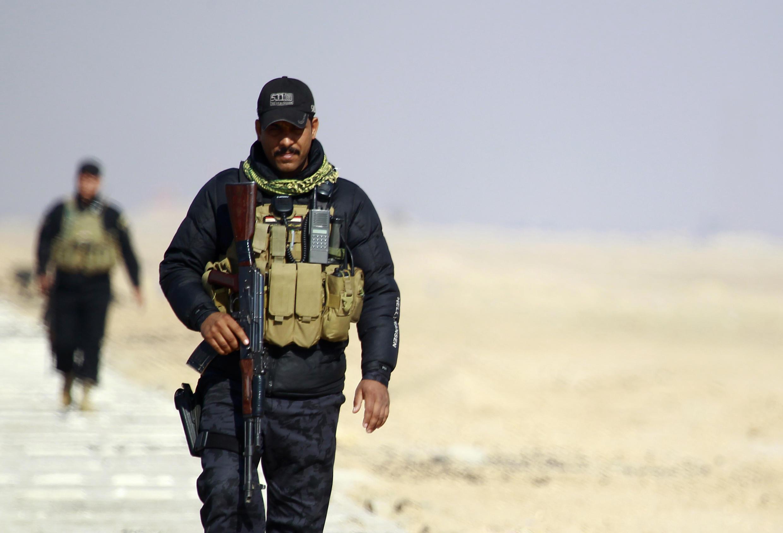 Lực lượng Irak tại tỉnh al-Anbar, một phần lớn tỉnh này vẫn nằm dưới sự kiểm soát của IS.