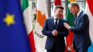 Президент Украины Владимир Зеленский (слева) и председатель Европейского совета Дональд Туск, Брюссель, 5 июня 2019