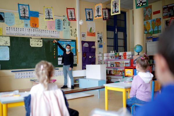 Salle de classe - école