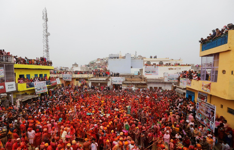 存檔圖片 Image d'archive: «Holi», la «fête des couleurs» (notre photo), est un événement particulièrement craint par les autorités indiennes en cette période de coronavirus.