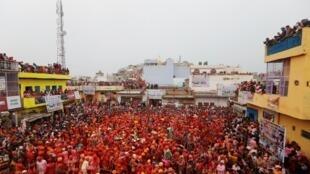 印度傳統佳節 Holi - « fête des couleurs » est un événement traditionnel