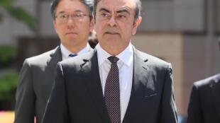 L'ancien PDG de Renault-Nissan lors de son arrivée à la cour de Tokyo le 23 mai 2019.