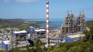 Une photo prise le 23 juillet 2016 montre le site de l'usine KNS (Koniambo Nickel SAS) en Nouvelle-Calédonie.