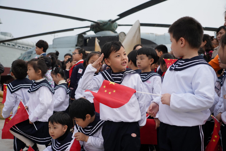 A China é o país que registra o maior desequilíbrio demográfico entre mulheres e homens, devido aos milhões de abortos seletivos de bebês do sexo feminino.
