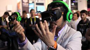 Les casques de réalité virtuelle ont généré un engouement cette année, en créant du contunu et en proposant des expériences nouvelles.