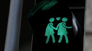 O Tribunal Constitucional da Áustria,ordenou nesta terça-feira (5) a autorização para a união de casais de mesmo sexo. Foto: semáforo nas ruas de Viena.05/12/17