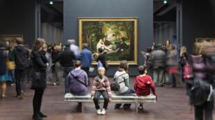 Governo quer incentivar práticas culturais, como ir ao museu