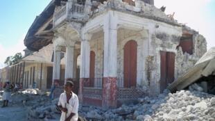 La ciudad de Leogane quedó en ruinas tras el paso del terremoto, Leogane, Haití 28 de enero de 2010.