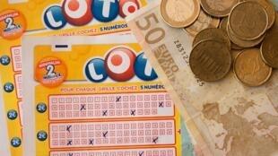 Los tres franceses se llevaron tres millones de euros.