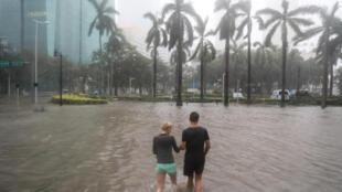 Le quartier de Brickell sous les eaux après le passage de l'ouragan Irma, le 10 septembre.