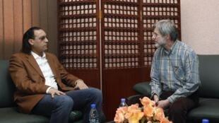 Hanibal Kadafi visita al empresario suizo Max Goeldi en la prisión de Aljudayda, Trípoli 1 de marzo de 2010