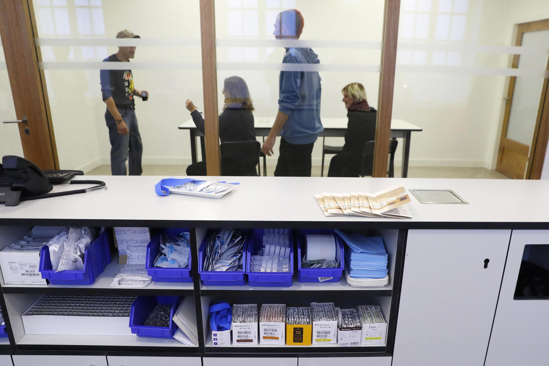 Первый парижский центр контролируемого употребления наркотиков начнет работать в пятницу, 14 октября.