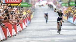 Boasson Hagen corta a meta  isolado na  décima nona  etapa do Tour  em Salon-de-Provence.21 de Julho de 2017