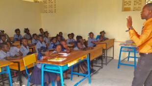 L'école nationale de Masson (photo) accueille des élèves de 3 à 18 ans, elle est située dans la montagne qui surplombe la ville de Port Salut, elle a été entièrement détruite par le cyclone Matthew, en octobre 2016.