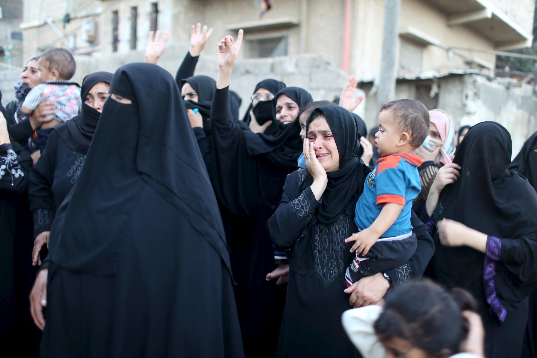 Funeral de uma das vítimas palestinianas, esta sexta-feira.