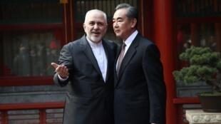 سرمایه گذاری استراتژیک چند صد میلیارد دلاری چین در صنایع نفت و گاز ایران