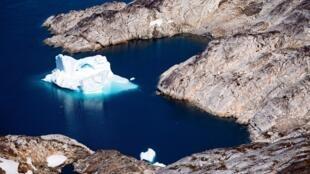 Un iceberg al lado de la costa de Groenlandia, cerca de Kulusuk, el 15 de agosto de 2019
