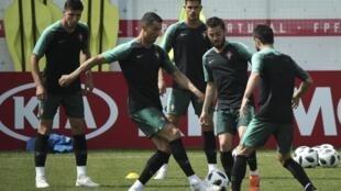 Treino de Portugal antes do jogo contra o Irão.