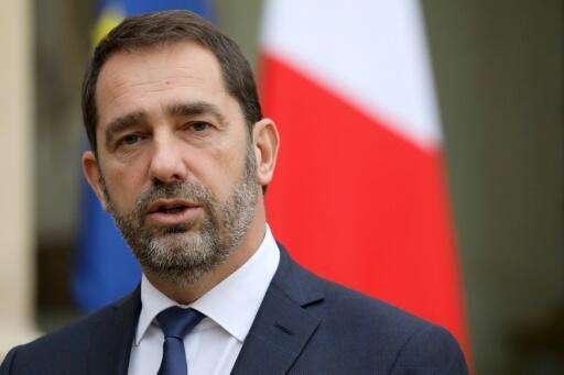 Глава министерства внутренних дел Франции Кристоф Кастанер считает, что нарушающие карантин ведут себя как идиоты