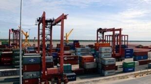 import-export.2e16d0ba.fill-960x540