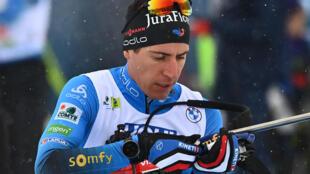 Le Français Quentin Fillon-Maillet, à l'échauffement avant le relais mixte des Championnats du monde de biathlon, le 10 février 2021 à Pokljuka (Slovénie