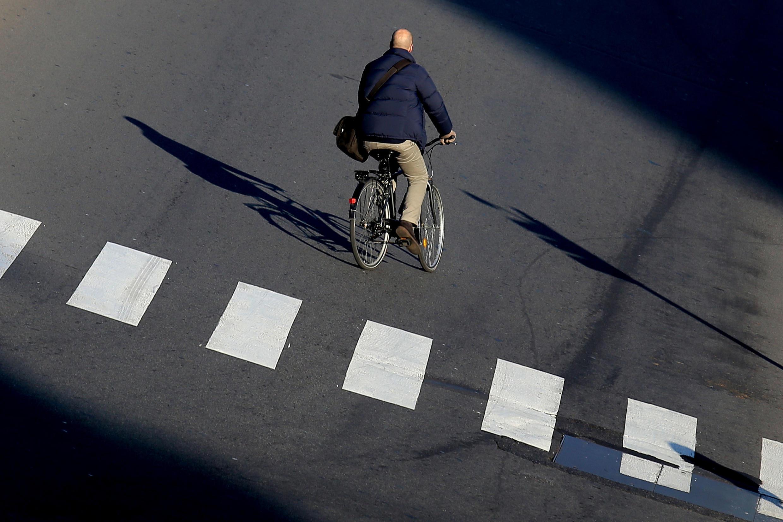 Milão: rodízio de placas deixa ruas vazias, mas o período é de festas...