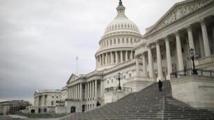 2020年12月4日,暴雨過後的美國國會大廈。