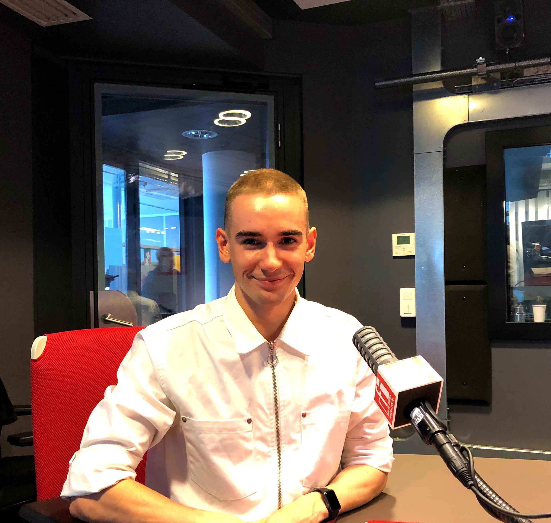 Antoine Charbonneau-Demers, écrivain québécois en studio à RFI (octobre 2020).