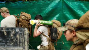 參加救援泰國足球少年的美國軍人2018年7月8日清萊Tham Luang洞群