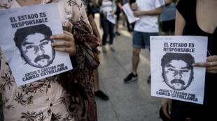 Manifestation dans les rues de Santiago après la mort du jeune mapuche Camilo Catrillanca