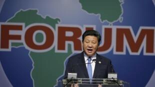 中國國家主席習近平,2015年12月4日在南非約翰內斯堡,主持了中非合作論壇的開幕式。