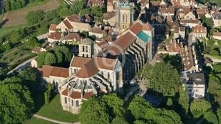 法国韦兹莱大教堂 Basilique de Vézelay