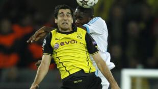 Henrikh Mkhitaryan, mshambuliaji wa Borussia Dortmund anayetarajiwa kujiunga na Manchester United ya Uingereza