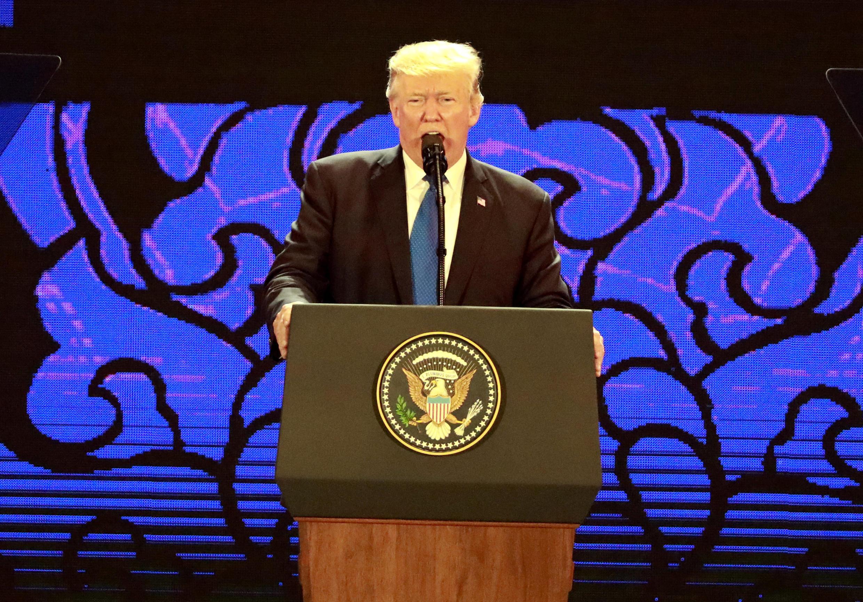 Tổng thống Mỹ Donald Trump phát biểu tại Hội Nghị Thượng Đỉnh Doanh Nghiệp APEC, Đà Nẵng, Việt Nam, ngày 10/11/2017.