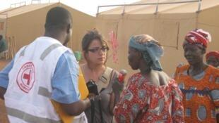Burkina Faso : Camp de refugiés, victimes des inondations du 1er septembre 2009.