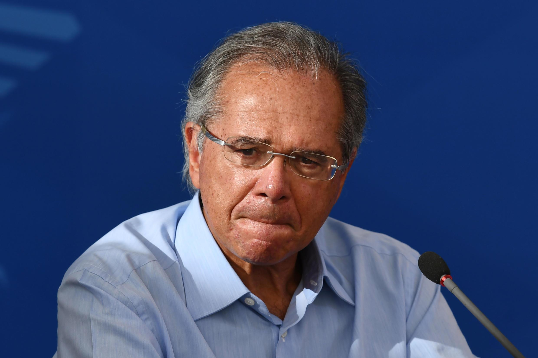 "O Ministro de Economía de Brasil, Paulo Guedes, disse ainda que o Brasil ""alimenta o mundo preservando o seu meio ambiente"" e que ""se há há erros, corrigiremos""."