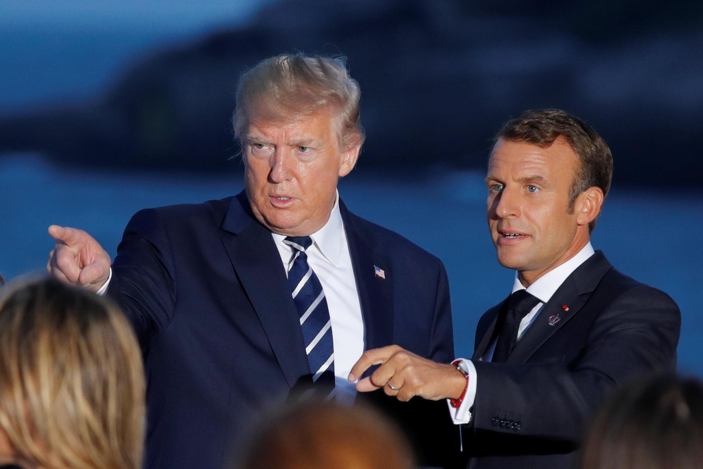 Tổng thống Mỹ Donald Trump và đồng nhiệm Pháp Emmanuel Macron (P), trong hội nghị thượng đỉnh G7 ở Biarritz, ngày 25/08/2019.