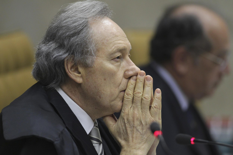 Ricardo Lewandowski, l'un des trois juges au procès «mensalao» à Cour Surprême de Brasilia, le 9 octobre 2012.