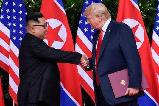 美國總統特朗普與朝鮮領導人金正恩在新加坡舉行了兩國首腦之間的首次會晤   2018年6月12日