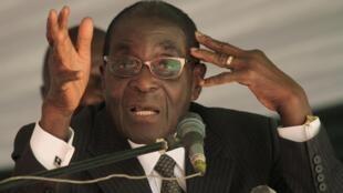Le président Robert Mugabe, le 5 mai 2012.