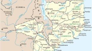 Nampula no leste no mapa de Moçambique