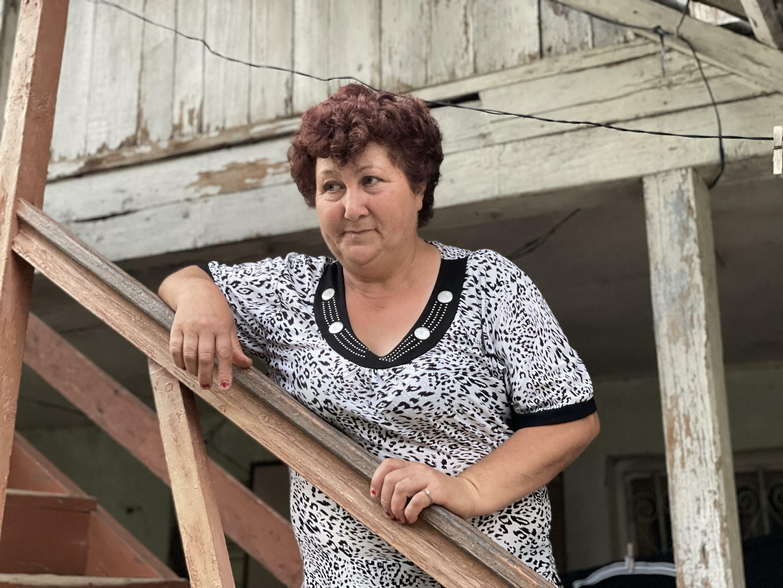 Беженка из Геташена Джульетта Налбандян уже 30 лет живет Нрнадзоре. Сюникская область. Армения. 14 июня 2021 год