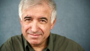 حسین آرین، کارشناس مسائل نظامی