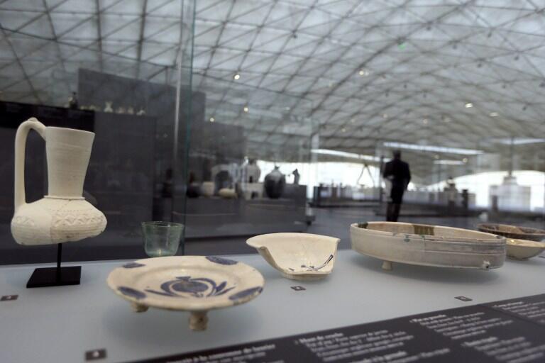 Không gian triển lãm mới của Louvre với nhiều hiện vật bằng gốm